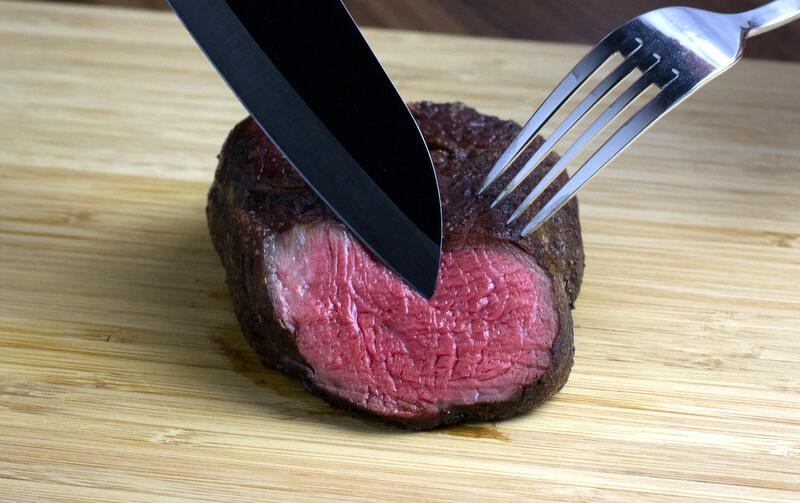 how-to-cook-filet-mignon-steakeat