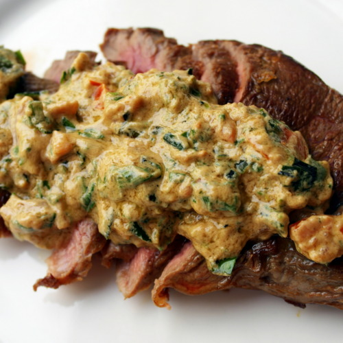 10-Minute Paleo Round Steak & Tahini Sauce Recipe